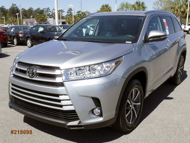 new 2018 toyota highlander xle sport utility for sale. Black Bedroom Furniture Sets. Home Design Ideas