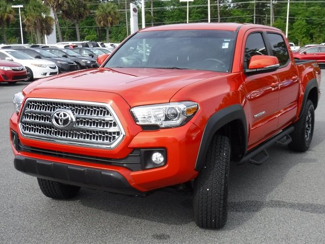 Certified Pre Owned 2017 Toyota Tacoma Trd Off Road Double Cab