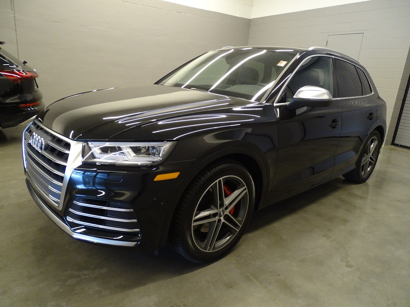 Pre-Owned 2019 Audi SQ5 Premium Plus