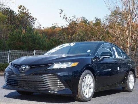New 2018 Toyota Camry LE