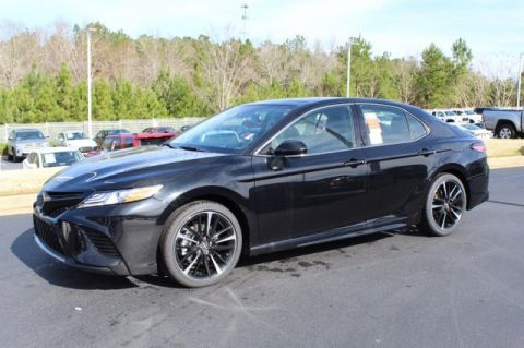 New 2019 Toyota Camry XSE