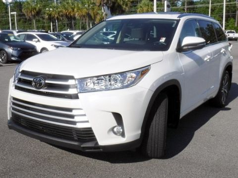 Certified Pre-Owned 2018 Toyota Highlander XLE V6 AWD