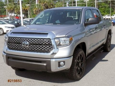 New 2019 Toyota Tundra 2WD SR5 CrewMax Large V8