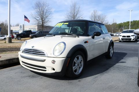 Pre-Owned 2006 MINI Cooper Hardtop Base